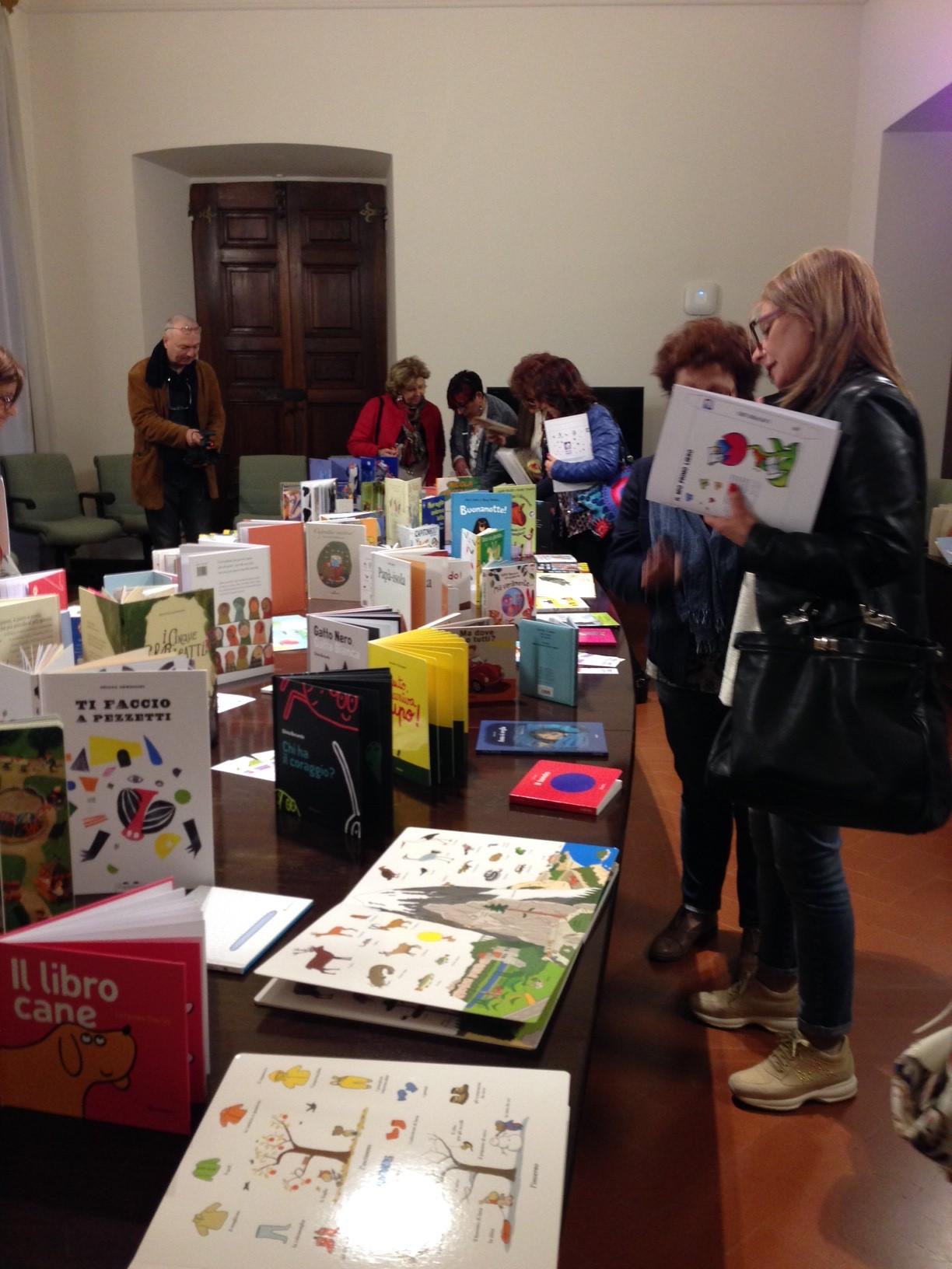 Il Maggio Dei Libri Incontro Su Lettura Come Opportunita Di Benessere Per Il Bambino Regione Umbria Presenta Nuovi Kit Lettura Il Mio Primo Libro Umbria Notizie Web