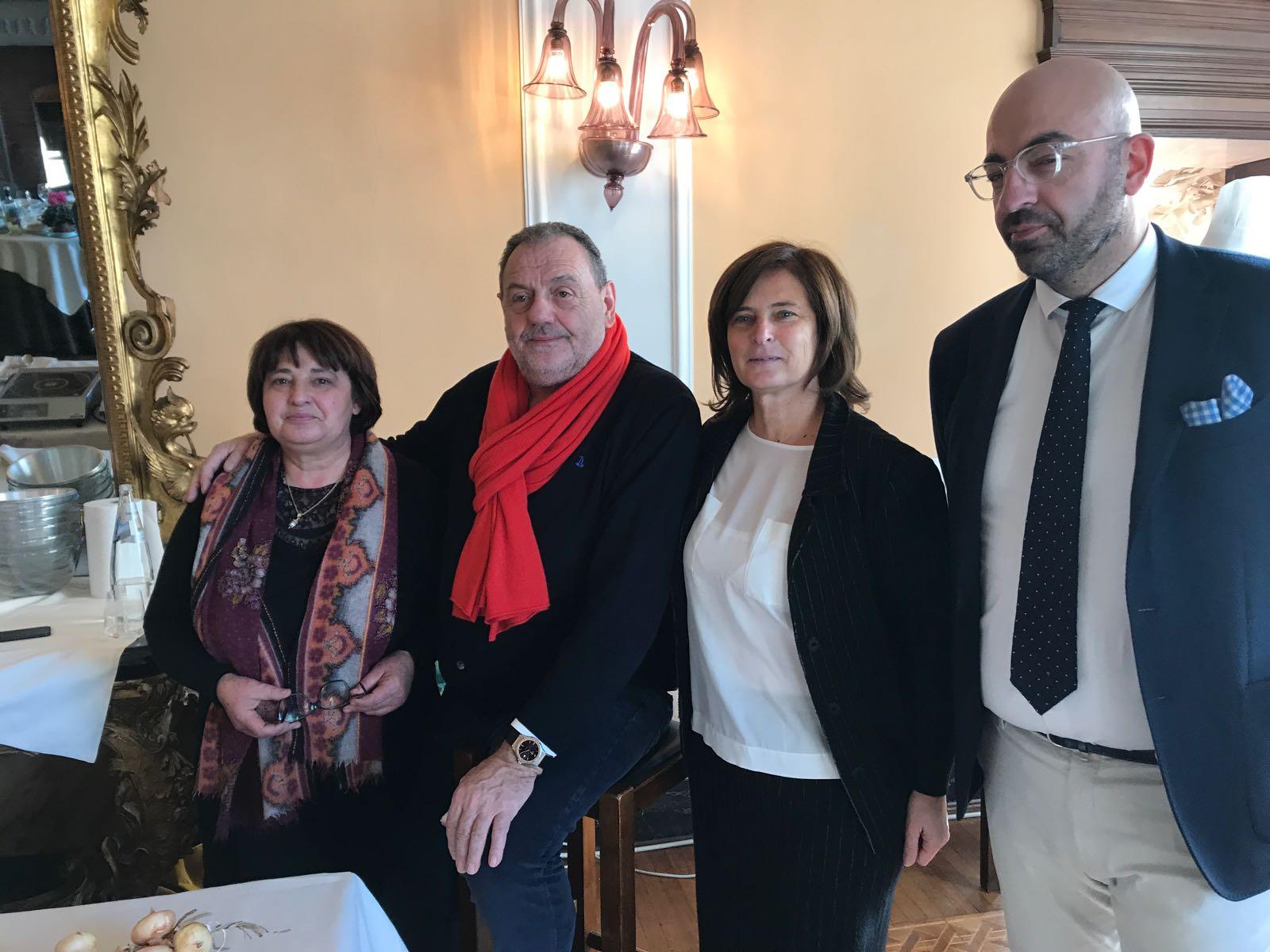 Da sinistra Fernanda Cecchini Gianfranco Vissani Donatella Porzi Roberto Damaschi