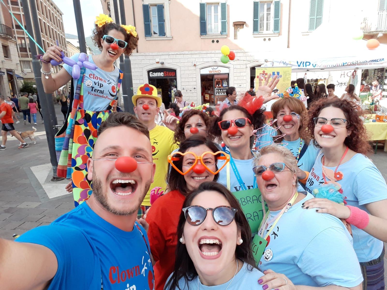 b7ddb556a315ed Giornata del naso rosso Clown Vip Terni 3