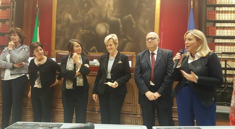 Pari opportunit presentato alla camera dei deputati il for Camera dei deputati italiana