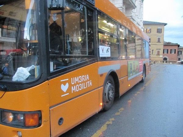 Sciopero nazionale di 24 ore venerdi 39 15 maggio umbria for Umbria mobilita