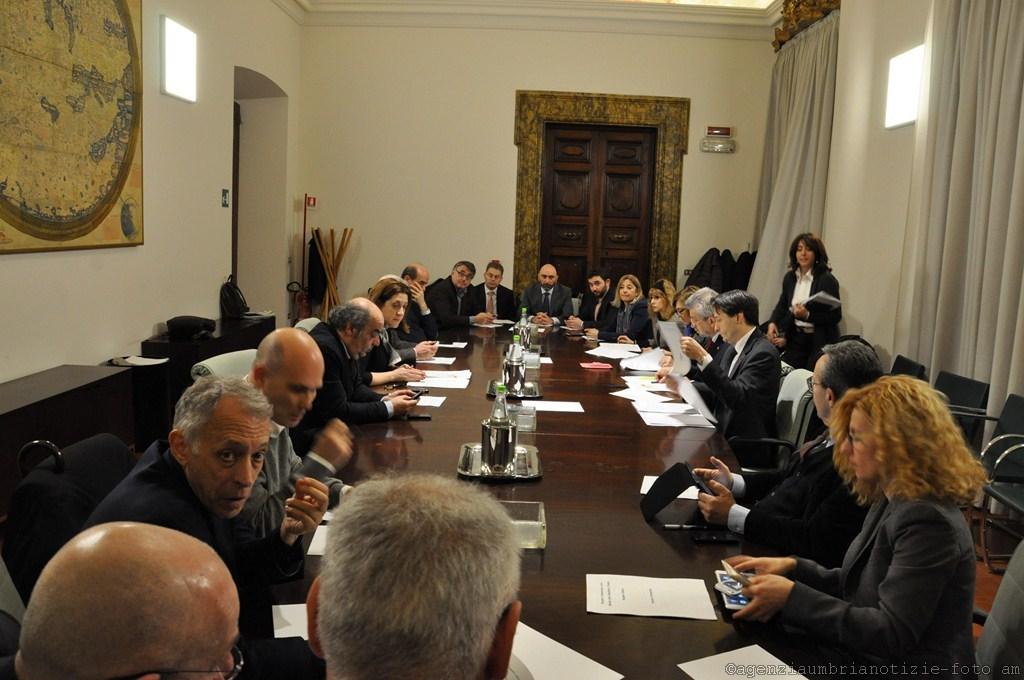 Commissione lavoro camera deputati a perugia marini for Commissione lavoro camera